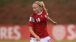 Pernille Harder cetak hat-trick bagi Denmark