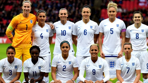england-women-line-up-germany