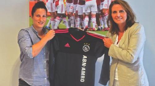 Eli Sarasola baru saja bergabung dengan Ajax Amsterdam. Ia sempat membela FC Barcelona.